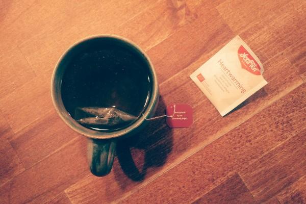 Aufstehen und Tee trinken